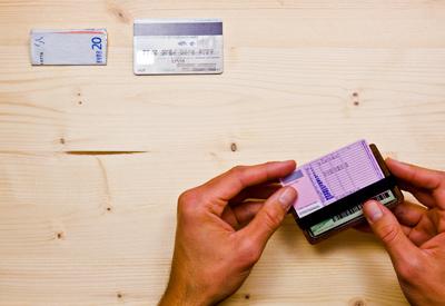 Wowa fából készült pénztárcák, könnyű tárolás